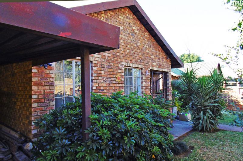 Property For Sale in Bakoven, Cape Town